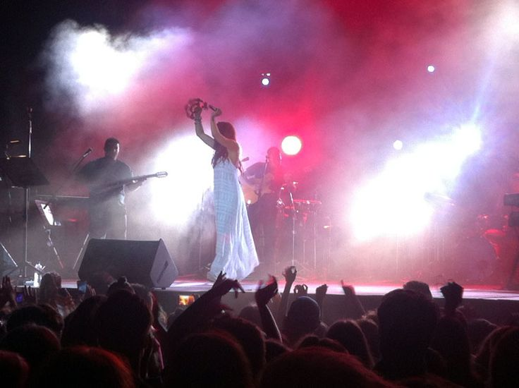 Melina Aslanidou on stage ... #Siviri #Concert #Halkidiki #Music #greeksummer  http://gohalkidiki.com