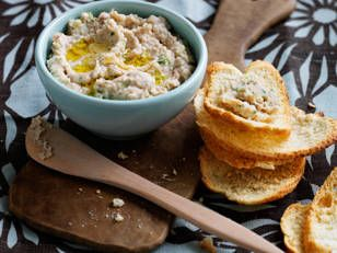 Cannellini bean and tuna dip recipe - Practical Parenting Magazine - Yahoo!7 Lifestyle