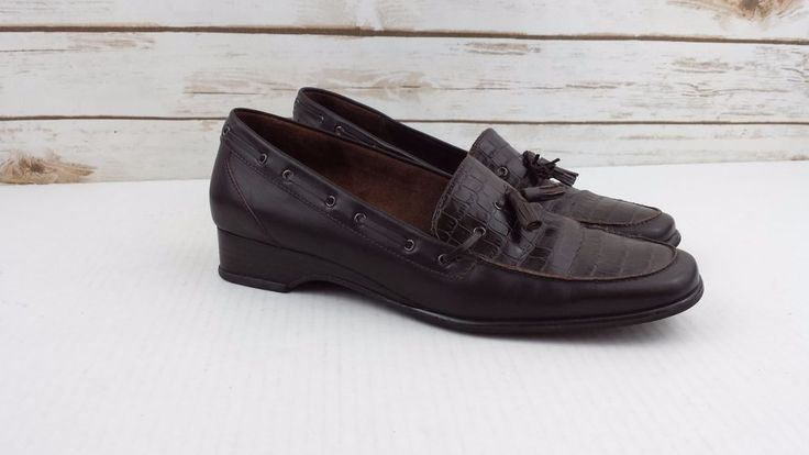 "Etienne Aigner Leather Shoes Brown Glance Croc Tassel Loafer 1"" Heel 8M #EtienneAigner #loafers"