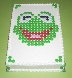 Kermit m&m cake - could do with other characters or themes...maybe a giant lego cake or  train tracks