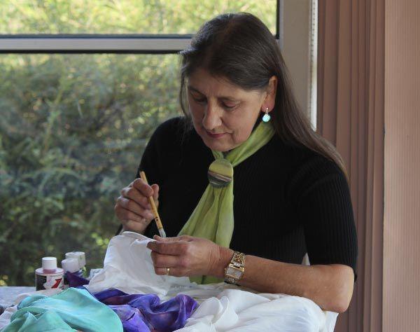 Evelyn Antonysen, Forth Art Studio. Article for Think Tasmania.