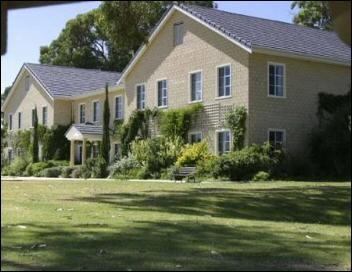 Peel Manor House