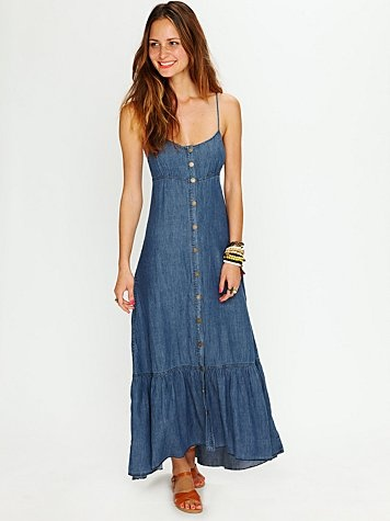 love this. casual and cute...my style: Long Dresses, Summer Dresses, Maxi Dresses, Denim Dresses, Buttondown Maxi, Denim Maxi, Little Cowgirl, Free People, My Style