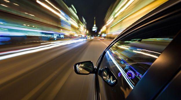 Al volante Consigli per lunghi viaggi in auto [multipage]  Oggi vediamo alcuni consigli per lunghi viaggi in auto soprattutto prima di questa estate 2016. Viaggiare è bellissimo questa #volante #alvolante #motori #inchieste #prove #automobilismo