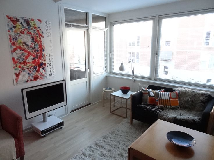 WORK IN COPENHAGEN ? Available from 1. April - 30 June 2014 for 9000 DKK per month + electricity. Completely furnished, TV, internet, quilts, sheets and towels. Pay electricity by usage.