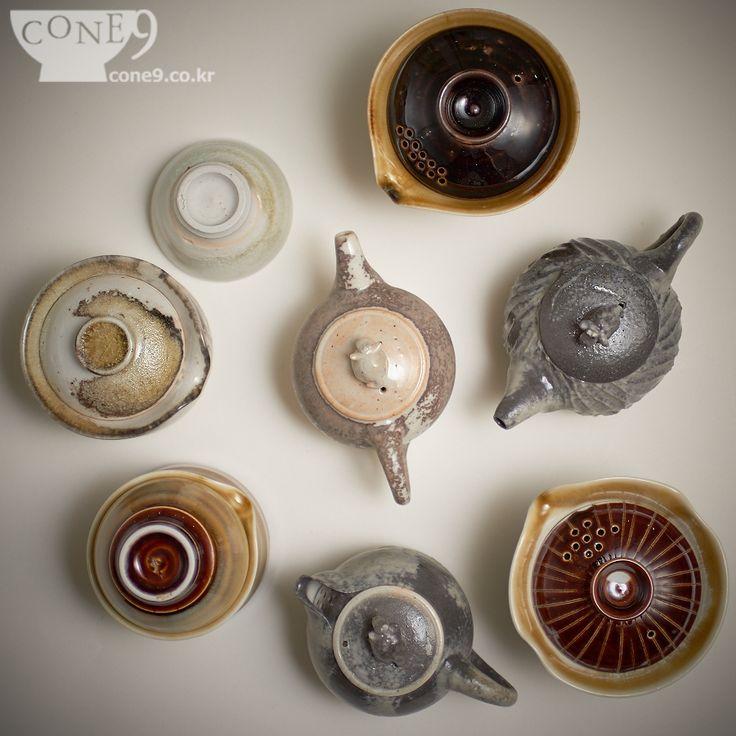 Gadgets from Nosan claystudio, Bosung, Korea / 2015 / #차도구 #teaware #홍성일 #노산도방 #Nosanclaystudio #Koreanteapot #Gaiwan #teapot #다관 #콘나인 #cone9