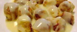 Dukátové buchtičky z jogurtu obalované vlašskými ořechy