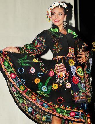 traje tipico de chuquisaca bolivia