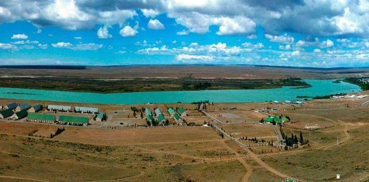 Comandante Luis Piedrabuena… Un oasis en la estepa patagónica