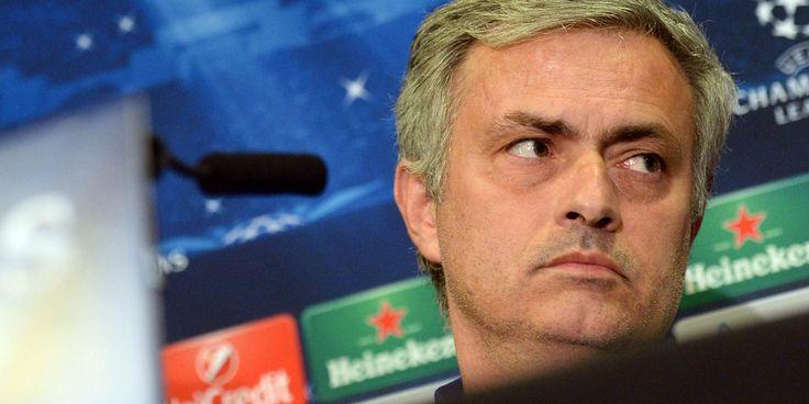Pelatih Chelsea Sebut Chelsea di Posisi Terbaik Menangkan Premier League – Jose Mourinho mengakui jika Chelsea hanya dapat mengandalkan diri sendiri
