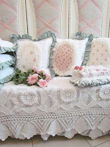 684 best Bedspreads images on Pinterest | Bedspread ...