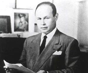 This man Charles R. Drew was born to Richard a carpet layer and Nora a school teacher in Washington D.C. on June 3rd 1904 . He was a famous America Physician, Surgeon, and Medical Researcher. Where Charles took some of his education Amherst College, Columbia University, McGill University, Dunbar High School, McGill University Faculty of Medicine. On 1928 Charles. In the year 1933 he graduated with both a Doctor of Medicine & Master of Surgery degreee