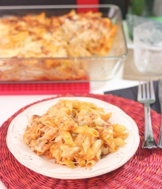 Macarrones gratinados con pollo y queso San Simón