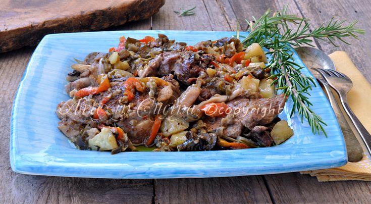 Tacchino con peperoni e patate in tegame, melanzane, ricetta facile, secondo di carne con verdure, come cucinare il tacchino, semplice e gustoso, aceto di mele