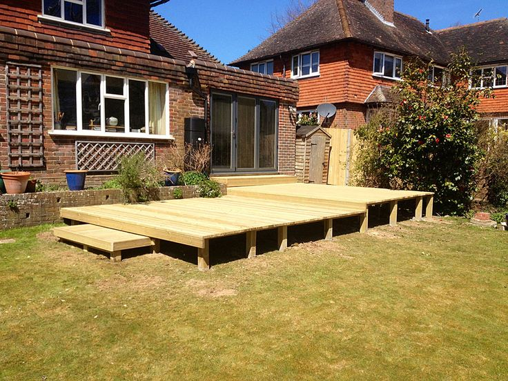 1000 images about decks on pinterest the family for Split level patio