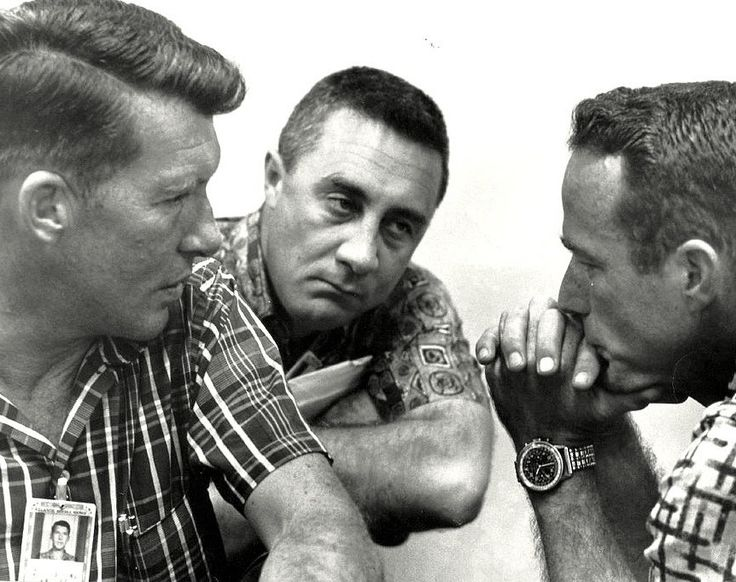 "Mercury 7 astronauts Walter ""Wally"" Schirra, Virgil ""Gus"" Grissom and Malcolm Scott Carpenter. The latter clearly wore a Breitling Navitimer Cosmonaut chronograph. (Photo: NASA)"