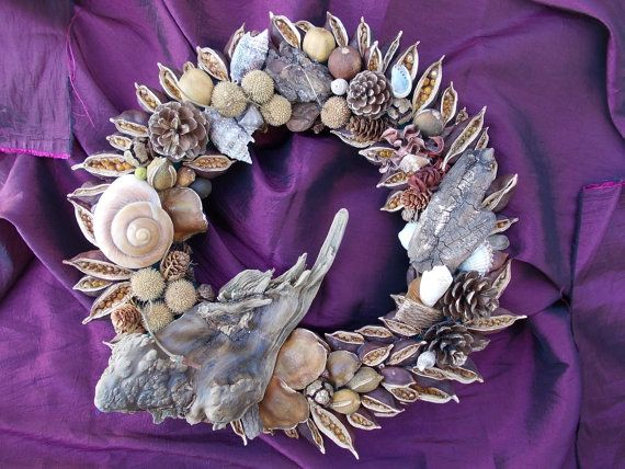 Driftwood wreath with seashells dried lemons and by TzoFeltGood, €90.00