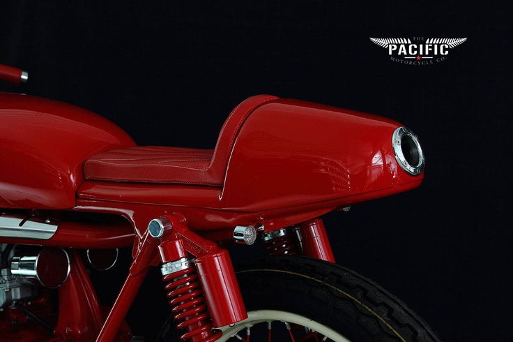 The first build from the Pacific Motorcycle Co. In Nelson New Zealand: A 1974 Honda CB350 like you've never seen!