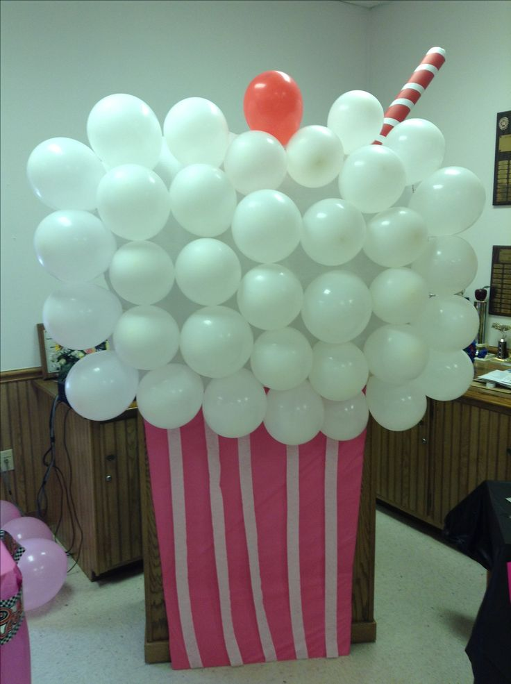 50s Party Decor #milkshake #pictureprop