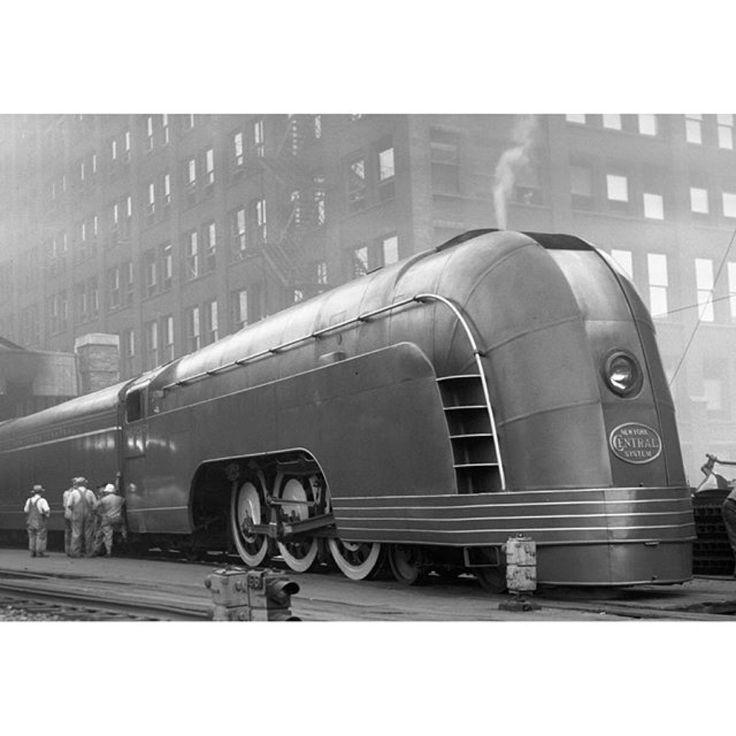 Henry Dreyfuss, train 1936 | OBJECTS | Pinterest | Trains Henry Dreyfuss Train