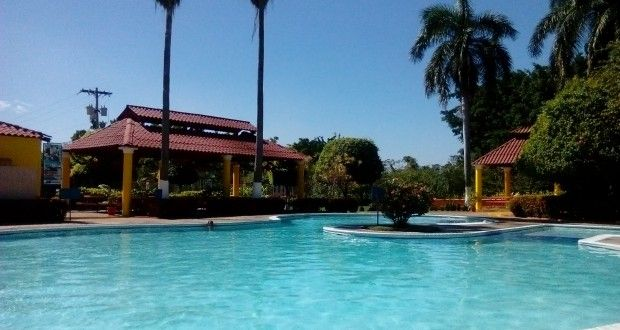 Guía Turística - Lagunas de Torremolinos - Un complejo urbanístico ubicado a cercanías de la ciudad sobre la autopista a Puerto Quetzal, Escuintla | Solo lo mejor de Guatemala