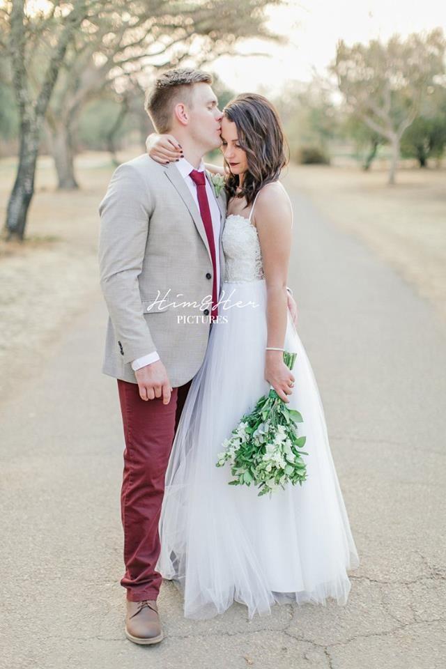 Audrey & Marius | Maroon lips & ties | Photographer: Him&Her Pictures