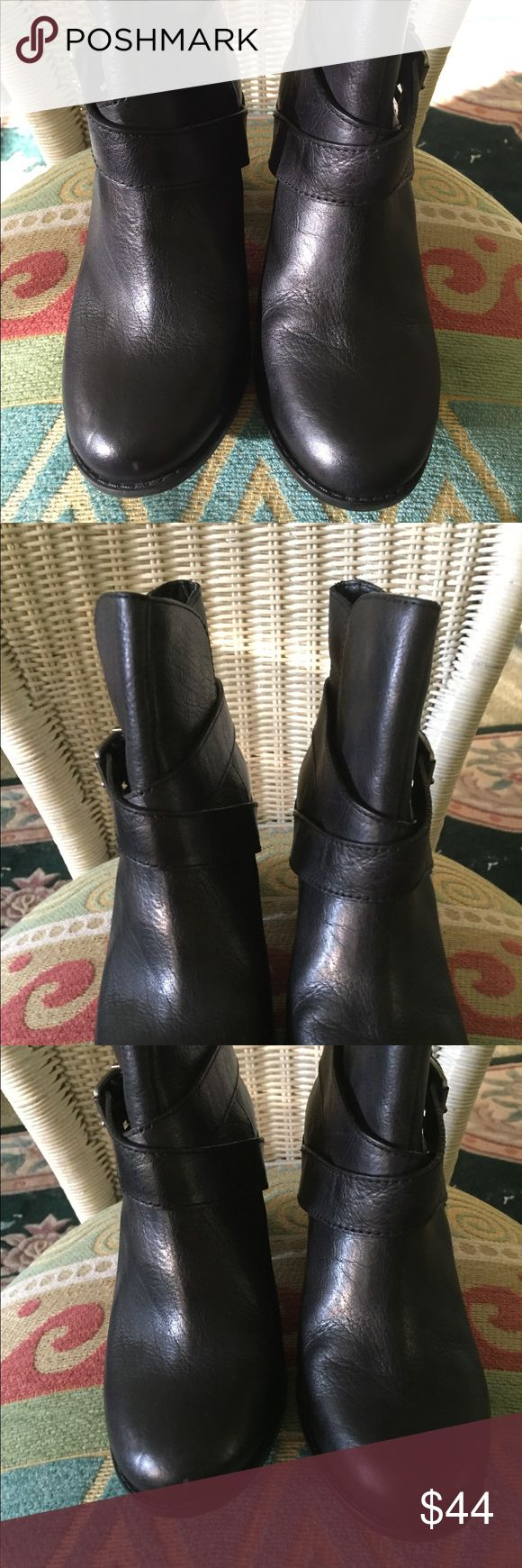 Ladies ankle boots / bcbg generation Black ankle boots with cross cross belting and silver buckle only been worn once in excellent condition BCBGeneration Shoes Ankle Boots & Booties