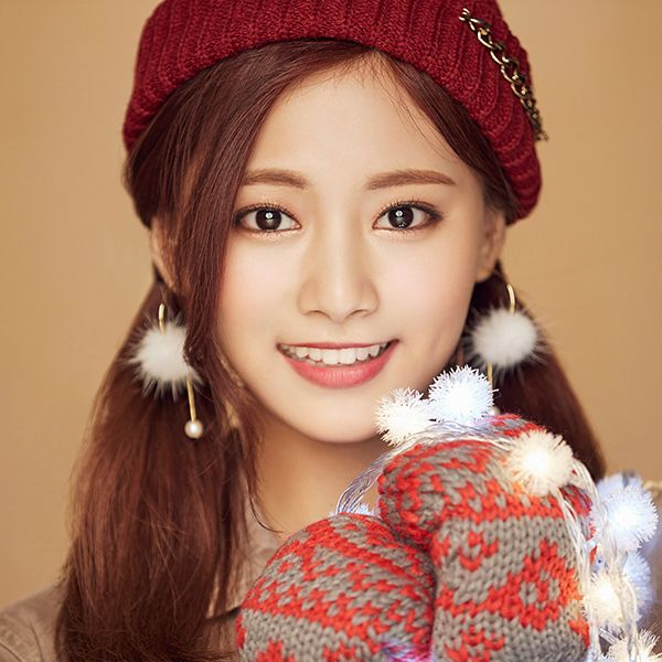 Wallpaper Ho99 Christmas Girl Twice Tzuyu Happy Wallpaper