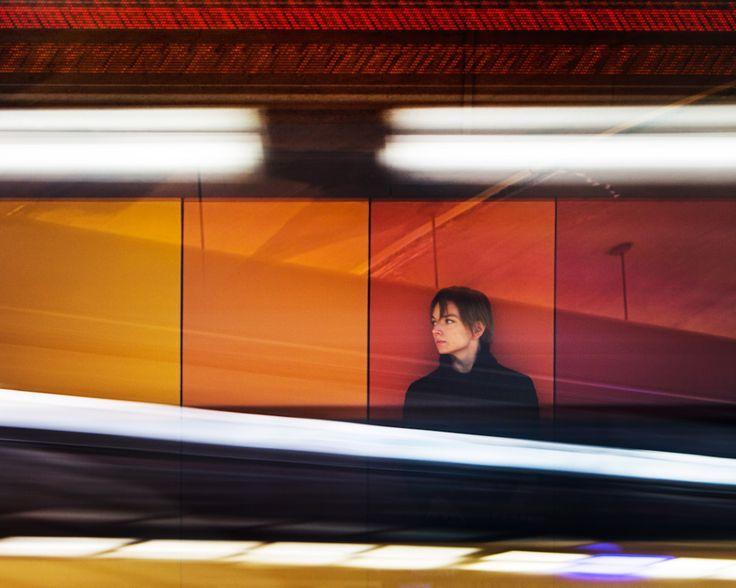 HEIDI STRAUSS / Crédit : Nicolas Ruel (station Villa-Maria - oeuvre d'André Léonard)