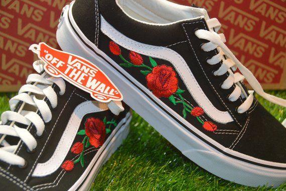 Van old skool embroidered red rose brand new
