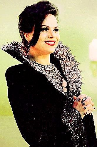 "Lana Parrilla As The Evil Queen/Regina On ""Once Upon A Time"""