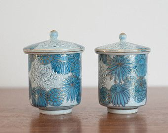 Pair of vintage Japanese lidded cups, blue and gold floral Chinoiserie vanity jars, Asian covered tea cups