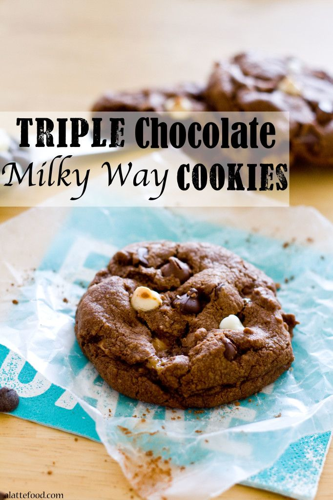 Triple Chocolate Milky Way Cookies | Chocolate on chocolate on chocolate. Chocolate lovers unite.