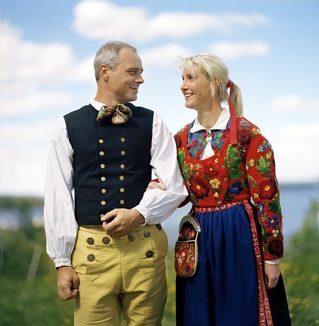 A couple from Dala-Floda in Dalarna, Sweden