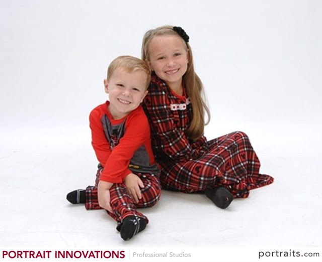 #ad Capturing the Holiday Season Thanks to Portrait Innovations + Enter to WIN a portrait package!