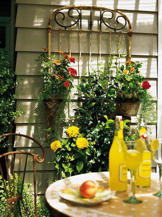 Trellis Made From Old Materials: Outdoor Ideas, Arbors Trellis, Garden Ideas, Headboards, Trellis Ideas, Bed Frame