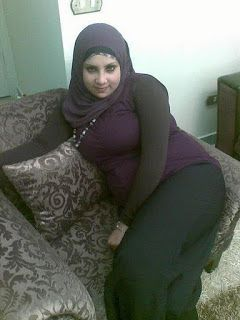 Aarab Pics Collection: Fat arabian girls so tired