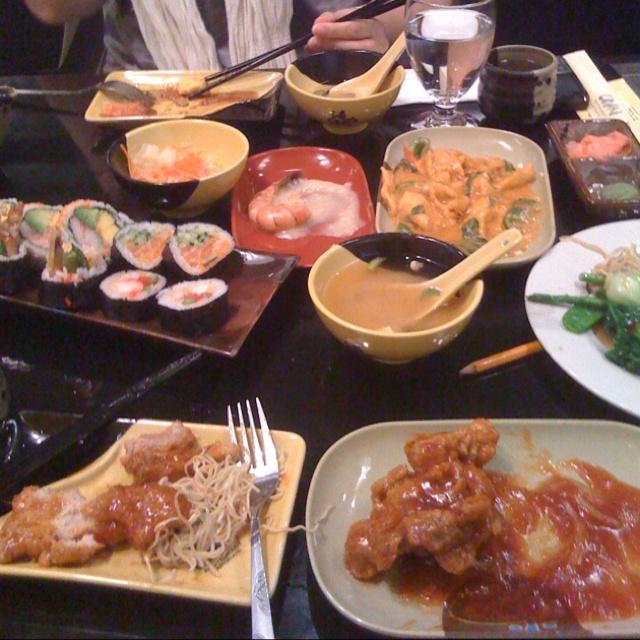 Sushi n Japanese food!