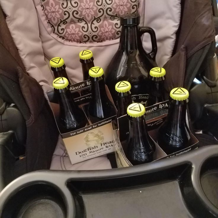 I made the kid walk back home from Dogfish Head. #FavoriteBeers #summershandy #beers #footy #greatnight #beer #friends #craftbeer #sun #cheers #beach #BBQ