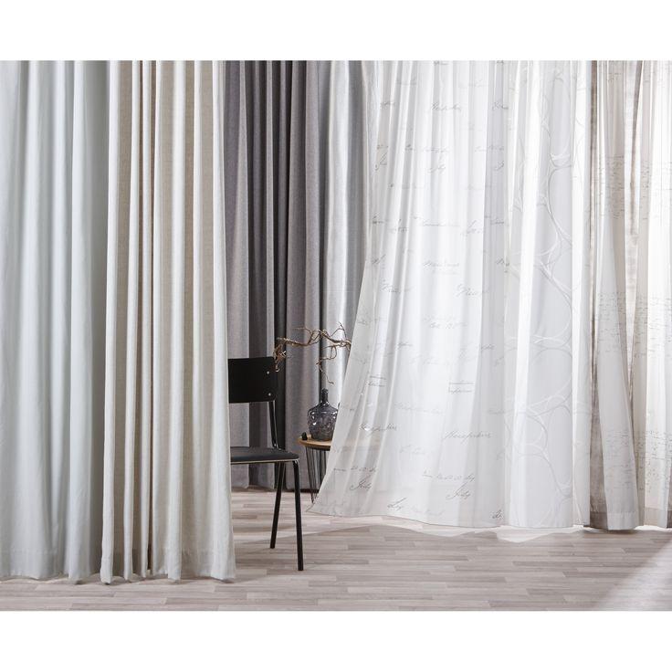 Door je gordijnen lekker licht te houden houd je een ruimte mooi ruimtelijk. #raambekleding #gordijnen #kwantum #interieur #wonen