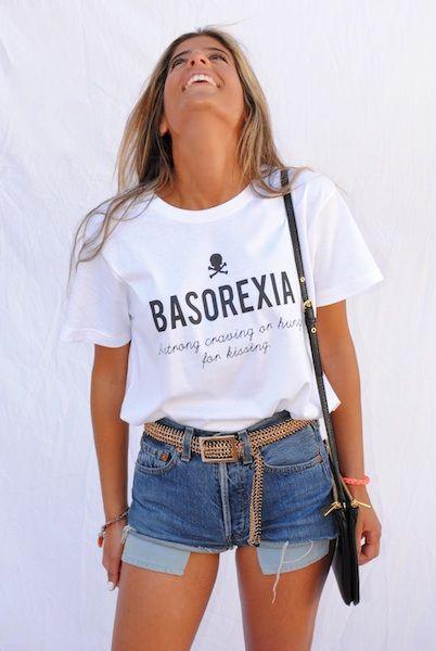 BASOREXIA: A strong craving or hunger for kissing