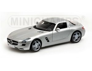 The 1/18 Grey 2010 Mercedes-Benz SLS AMG from the Minichamps 1/18 Road Cars collection - Discounts on all Minichamps diecast models at Wonderland Models.    One of our favourite models in the Minichamps 1/18 Road Cars range is the Minichamps Grey 2010 Mercedes-Benz SLS AMG.