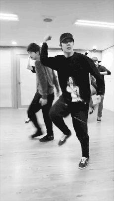 Please Vote J-Hope as the Best K-pop Boy Group Dancer update: #BTS #jhope - 1,218,105 http://www.kvilleentertainment.net/community/polls/2016_boy_dancers.html?luicode=10000359#pd_a_9375959