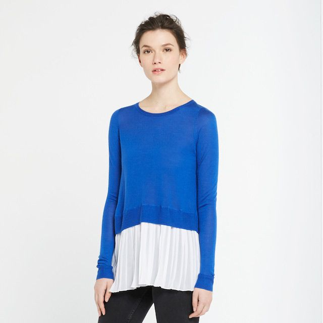 Loose saffy jumper in blue and white