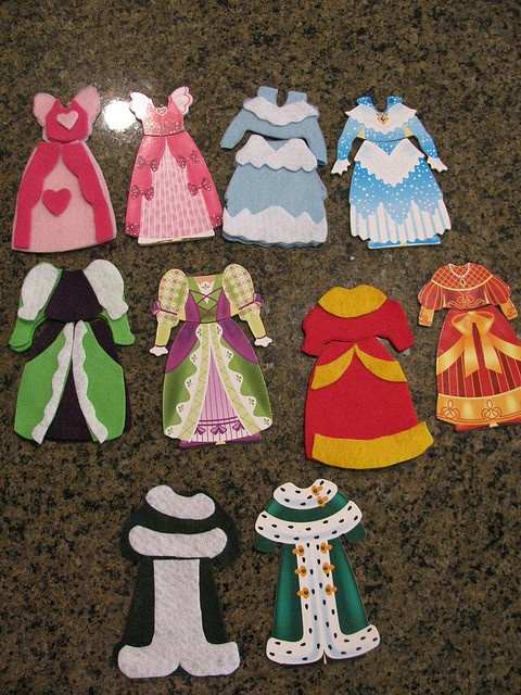185 best images about felt clothes on pinterest coats for Felt dress up doll template