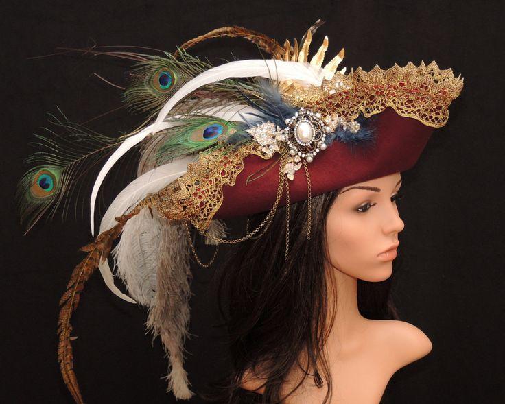 Vintage-Dreispitz // Barockhut // Dreispitz mit Federschmuck // Steampunk // Gypsy // Gothicfashion // Damenhut // Tricorne with feathers von Maskenzauber auf Etsy
