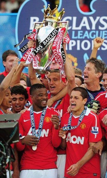 2010/2011 Premier League Champions!
