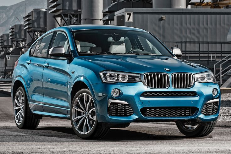 BMW has unveiled the latest model in its M Performance line: the BMW X4 M40i.