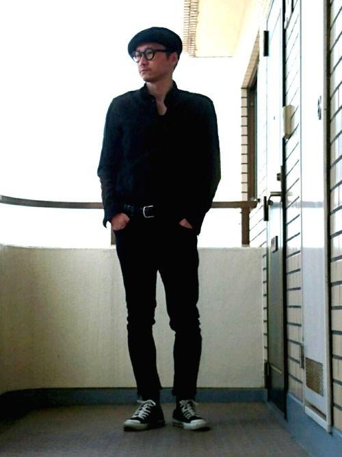 オールブラック! H&Mのリネン込みのコットンシャツの素材が 若干ふわふわしてて心地よい(о´∀`о
