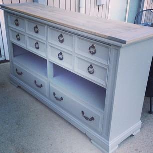 Turning broken dresser drawers into shelves!